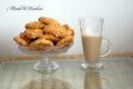 Chrupiące ciastka migdałowo – kokosowe z płatkami kukurydzianymi