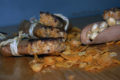 Batoniki z płatkami kukurydzianymi i masłem orzechowym