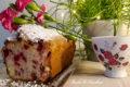 Twarogowe ciasto z czerwoną porzeczką