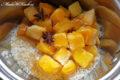 Mleczny ryż z miodem i mango